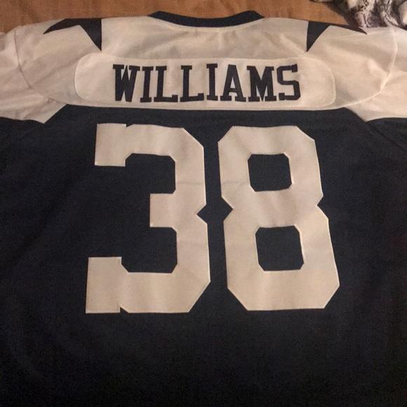 sports shoes 52220 7db32 Reebok Dallas Cowboys Roy Williams #38 Jersey